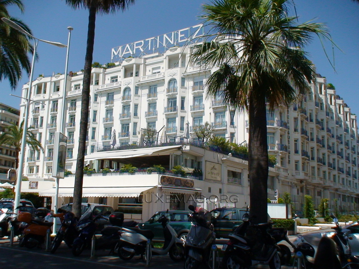 You are browsing images from the article: Cannes - The Place for Wealthy