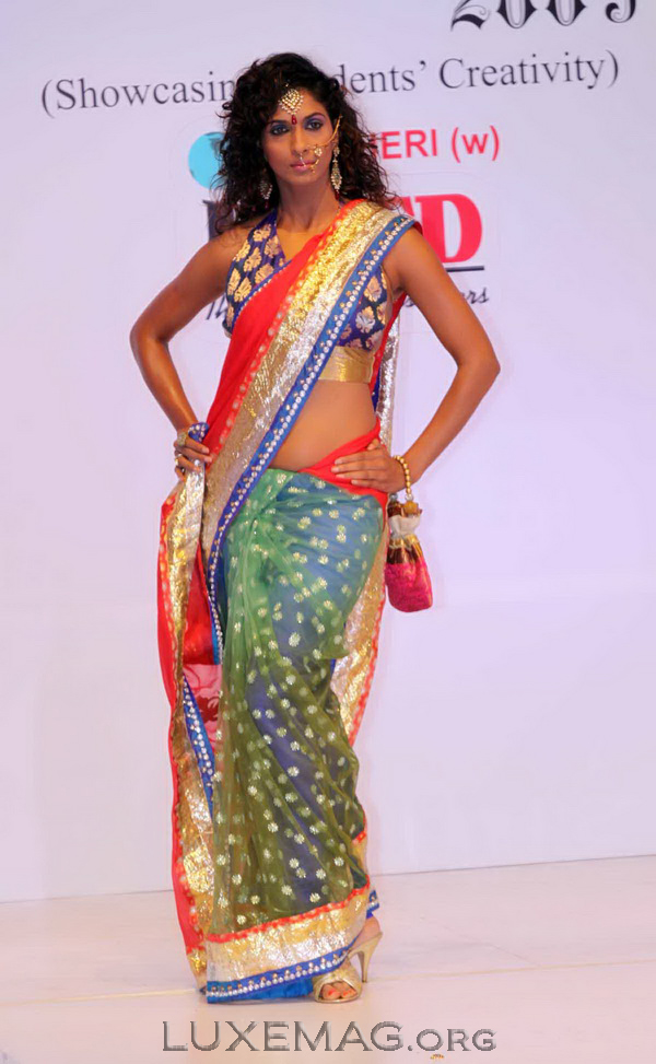 You are browsing images from the article: Indian Latest Fashion